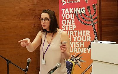 Speaker Florence Schechter addresses an audience at a Limmud Festival in Birmingham, England, December 28, 2017. (Cnaan Liphshiz/JTA)
