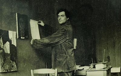 Amadeo Modigliani in his art studio. (©RMN-Grand Palais musée de l'Orangerie/Archives Alain Bouret, image Dominique Couto)