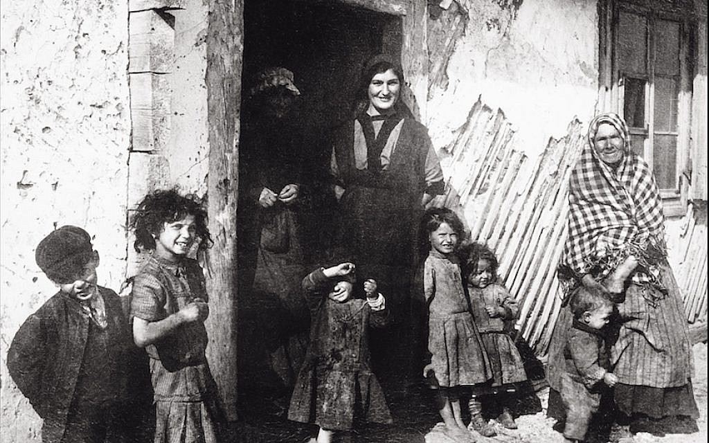 A Jewish family in Jedrzejow, Poland, circa 1900. (Imagno/Getty Images via JTA)