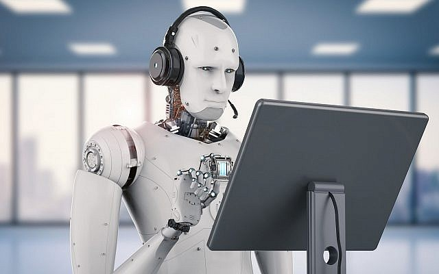 Robot working with headsets and monitor (PhonlamaiPhoto, iStock by Getty Images)