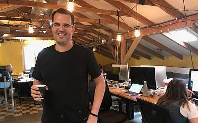 Lemonade co-founder Shai Wininger at his office in Tel Aviv on December 20, 2017 (Shoshanna Solomon/Times of Israel)