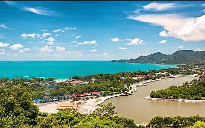The island of Ko Samui. (iunewind/iStock via Getty Images)