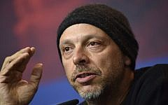"""Brazilian director Jose Padilha attends a press conference for the film """"7 Days in Entebbe"""" presented in competition during the 68th Berlinale film festival on February 19, 2018 in Berlin. (AFP PHOTO / Stefanie Loos)"""