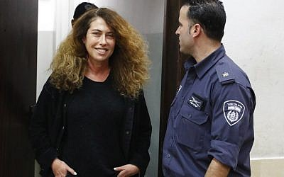 Stella Handler (L), CEO of the Bezeq telecom company, appears in the Tel Aviv District Court on February 21, 2018. (AFP PHOTO / JACK GUEZ)