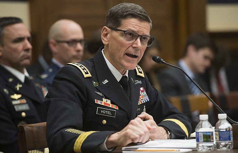 commander of us troops in syria makes unannounced first visit to