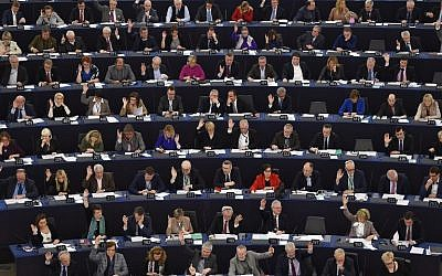 Members of the European Parliament take part in a voting session on February 6, 2018, in Strasbourg, eastern France. (AFP Photo/Frederick Florin)