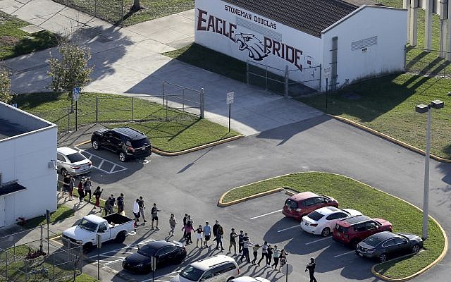 No connection between Florida school shooter and far-right militia