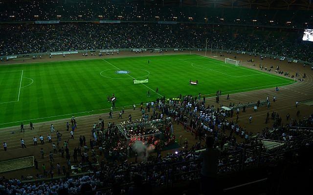 Opening of Basra International Stadium in 2013. (CC BY Yesar Al-Maleki. Wikimedia Commons)