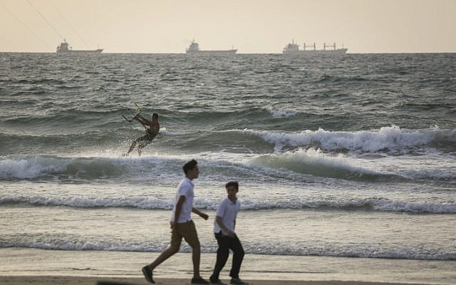Illustrative: A beach near Haifa, September 14, 2015. (Hadas Parush/Flash90 )
