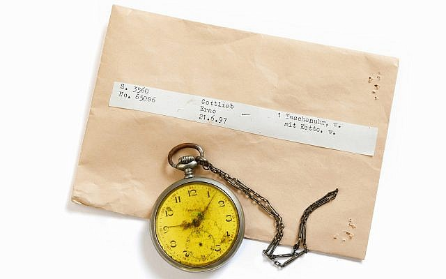ITS seeks to return Holocaust victim Erno Gottlieb's pocket watch to his family through its #StolenMemory campaign. (Cornelis Gollhardt/ITS)