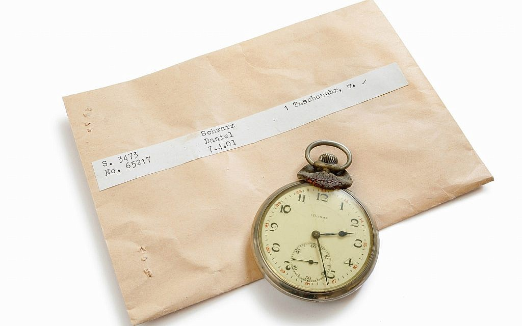 ITS seeks to return Holocaust victim Daniel Schwartz's pocket watch to his family through its #StolenMemory campaign. (Cornelis Gollhardt/ITS)