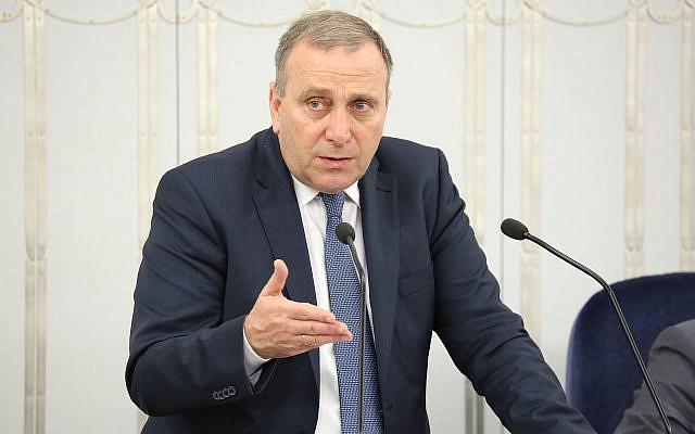 Opposition leader Grzegorz Schetyna of the Civic Platform party in the Polish Senate on June 15, 2015. (CC BY-SA Michał Józefaciuk, Wikimedia Commons)