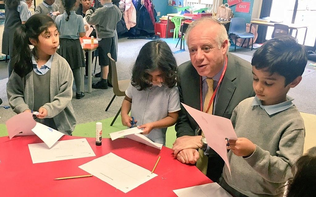 Jonathan Arkush with Birmingham school kids at the King David Junior School. (Courtesy)