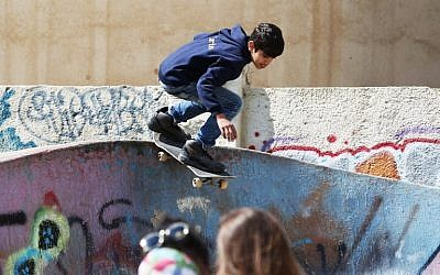 ed5dc21e3e7624 Jordan skate park teaches refugee kids to get back up after falling ...