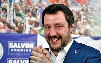 League far-right party leader Matteo Salvini joins his hands during a press conference held at the League headquarter in Milan on March 5, 2018 ahead of the Italy's general election results. (AFP/Piero Ccruciatti)