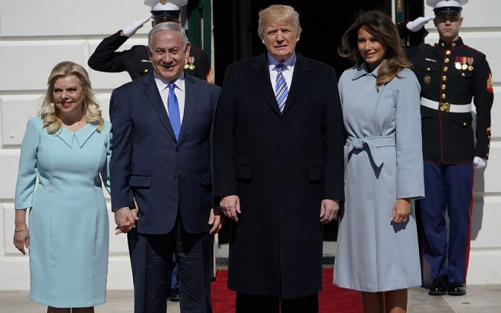 Prime Minister Benjamin Netanyahu and his wife, Sara (left), stand alongside US President Donald Trump and First Lady Melania Trump (right) before a meeting at the White House on March 5, 2018. (AFP Photo/Mandel Ngan)