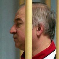 Former Russian military intelligence colonel Sergei Skripal attends a hearing at the Moscow District Military Court in Moscow on August 9, 2006. (AFP PHOTO / Kommersant Photo / Yuri SENATOROV)