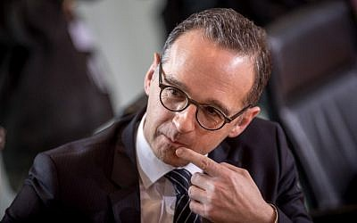 Picture taken on March 7, 2018 shows German Justice Minister Heiko Maas prior to a cabinet meeting at the Chancellery in Berlin. (AFP PHOTO / DPA / Michael Kappeler)