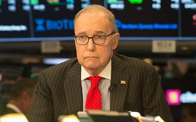 US conservative commentator and economic analyst Larry Kudlow speaks on the set of CNBC at the closing bell of the Dow Industrial Average at the New York Stock Exchange on March 8, 2018 in New York. (AFP/Bryan R. Smith)