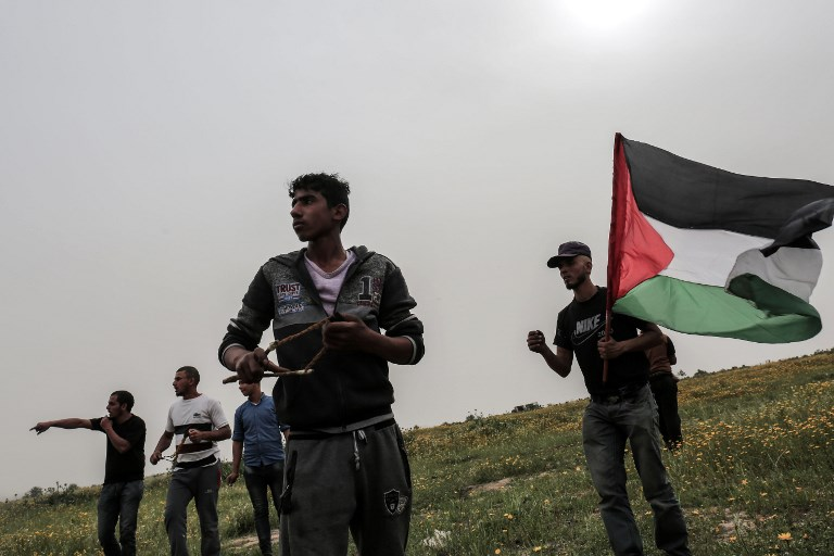 Israeli Soldiers on Gaza Border with Permission to Shoot Palestinian Protesters