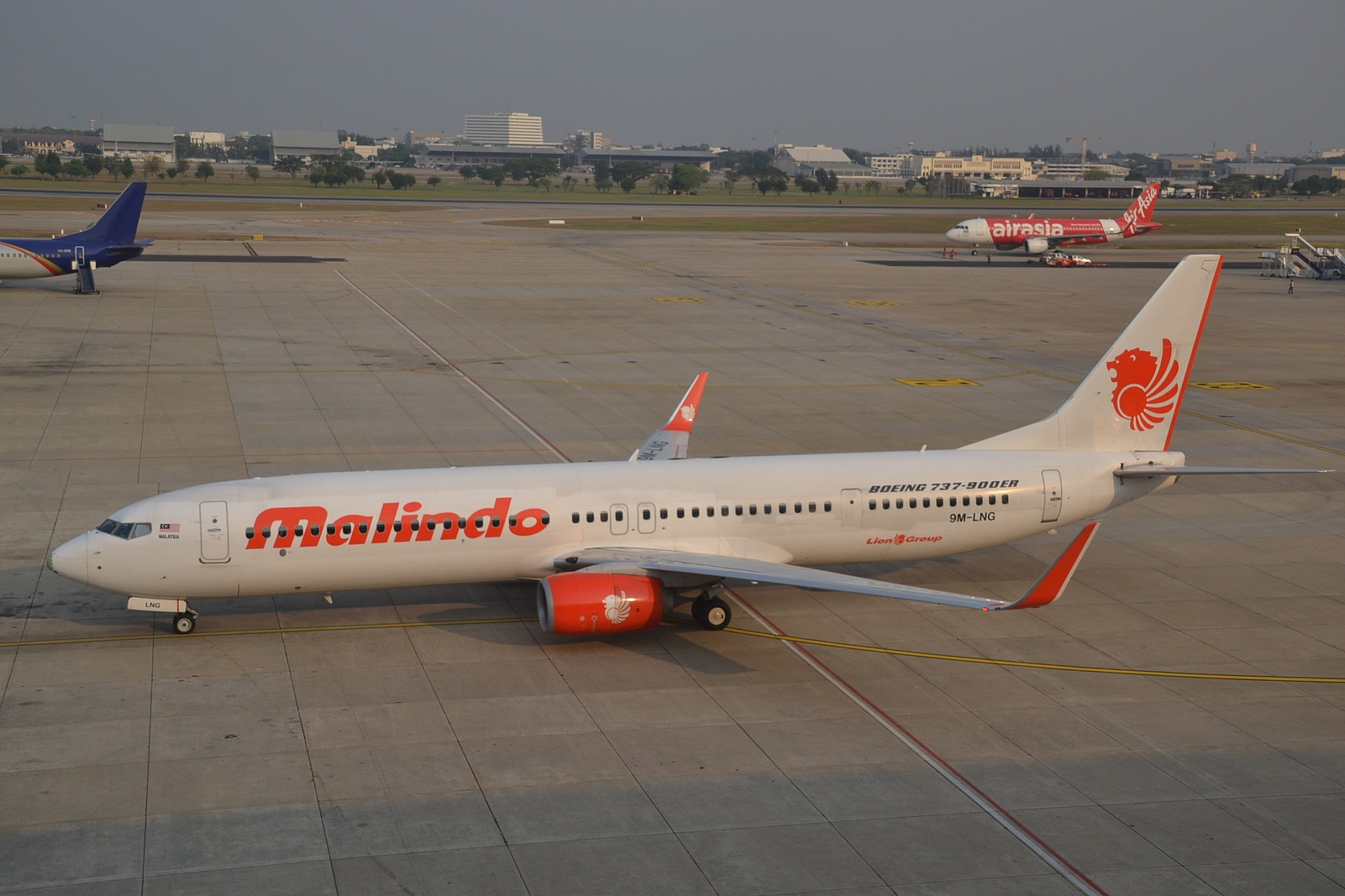 Naked passenger nabbed on flight from KL to Dhaka