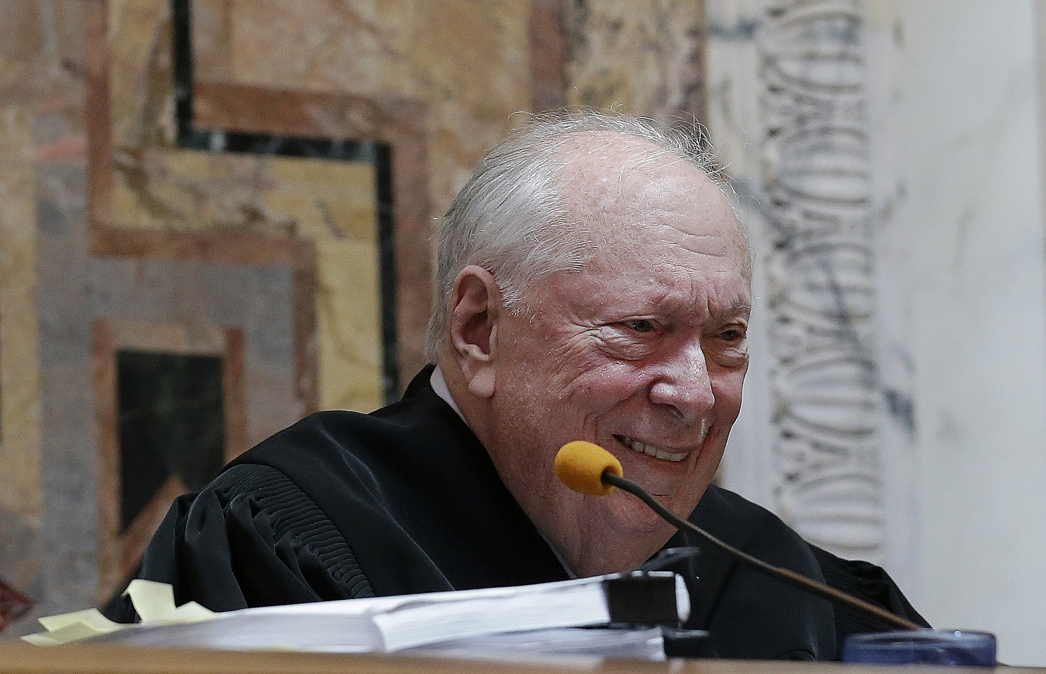 Appeals Court Judge Reinhardt, Known as the 'Liberal Lion,' Dies at 87