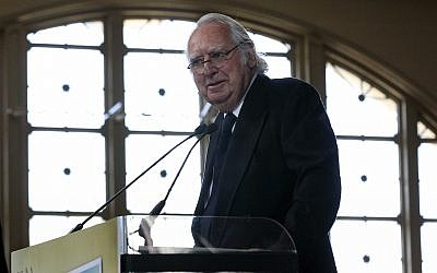 Architect Richard Meier speaks as he honored at the Ellis Island Family Heritage Awards on Ellis Island on Thursday, April 19, 2012. (AP Photo/Mel Evans)