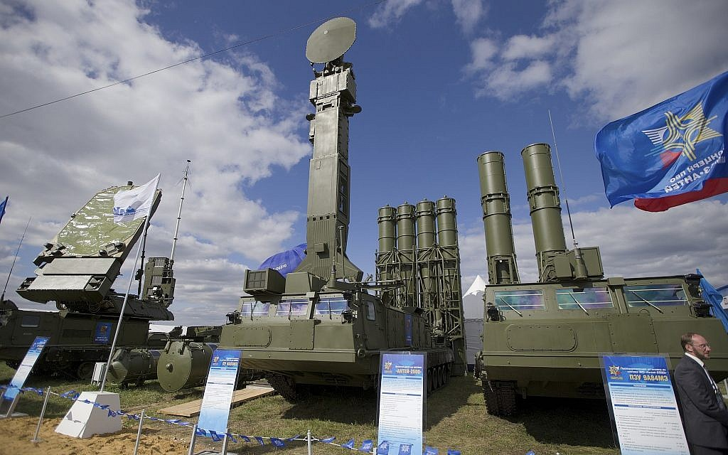 In this August 27, 2013, photo, a Russian air defense system missile system Antey 2500, or S-300 VM, is on display at the opening of the MAKS Air Show in Zhukovsky outside Moscow, Russia. (AP Photo/Ivan Sekretarev, file)