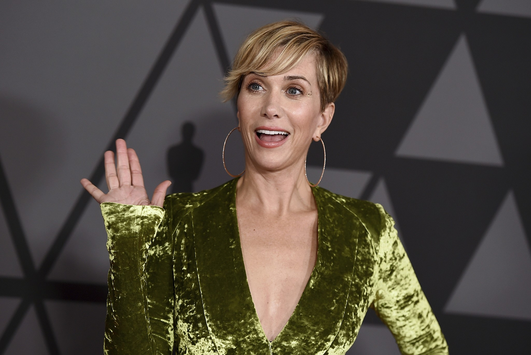 Kristen Wiig arrives at the 9th annual Governors Awards at the Dolby Ballroom