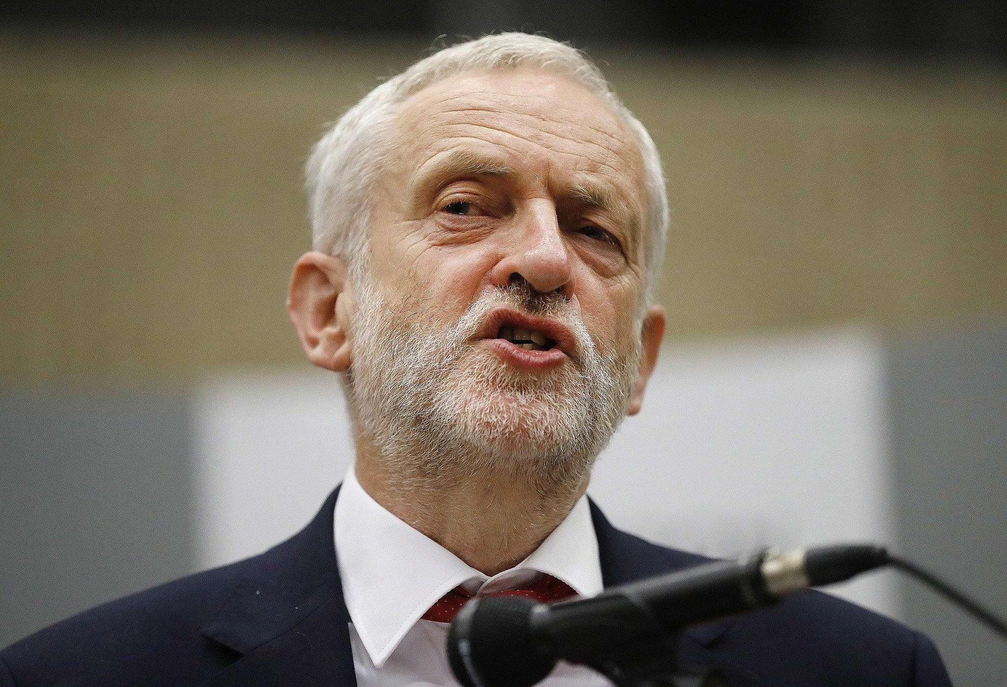 Amid anti-Semitism scandal, UK's Corbyn criticized over Seder with far-left group