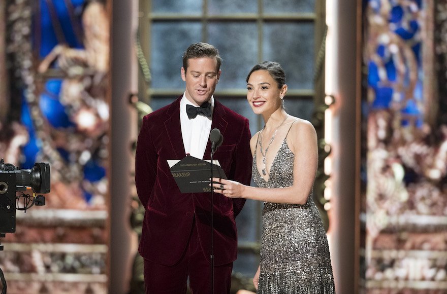Oscars 2018 audience tumbles from year ago, preliminary data show