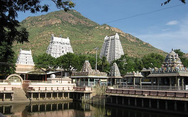 Temples in the Indian city of Tiruvannamalai. (CC BY-SA 4.0, Govind Swamy, Wikipedia)