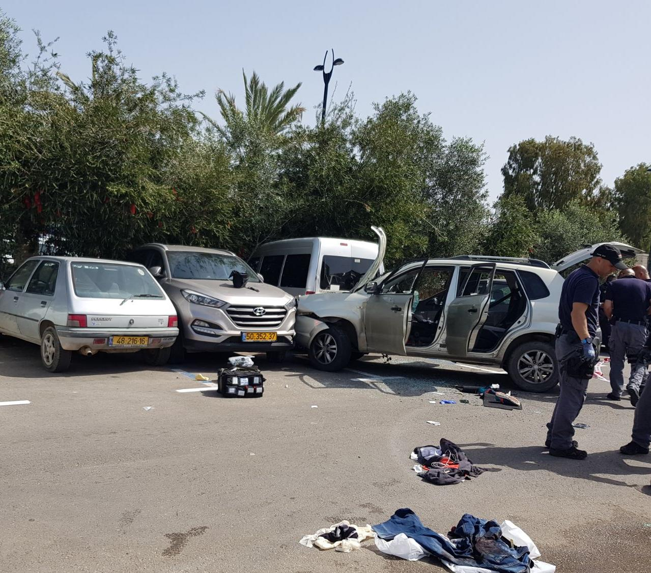 Policeman Struck by Jeep in Israel, Driver Shot