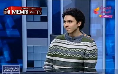 Egyptian atheist Mohammad Hashem at the 'Alhadath Alyoum' TV studio (screen capture)
