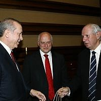 Malcolm Hoenlein, center, the executive vice president of the Conference of Presidents of Major American Jewish Organizations, and Stephen Greenberg, right, its chairman, meet with Turkish President Recep Tayyip Erdogan in Ankara, February 9, 2016. (Courtesy of Conference of Presidents via JTA)