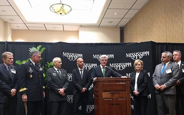 Mississippi Gov. Phil Bryant at a press conference with Israeli officials at the Homeland Defense and Security Summit in Biloxi, March 13, 2018. (Ben Sales)