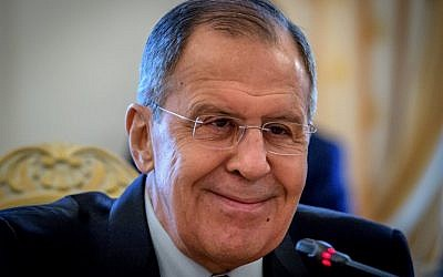 Russian Foreign Minister Sergei Lavrov speaks in Moscow on April 2, 2018. (AFP PHOTO / Yuri KADOBNOV)