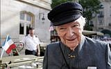 In this file photo taken on June 17, 2009 Franck Bauer, the last speaker of Radio Londres, (Radio London), a radio broadcast from 1940 to 1944 from the BBC in London to occupied France, poses in Paris. (AFP/Patrick Kovarik)