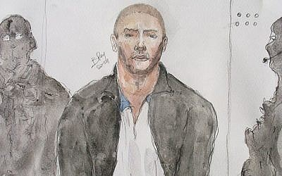 This court drawing made on June 26, 2014, shows Mehdi Nemmouche, center, the suspect in a deadly terror attack at the Brussels Jewish Museum, during a court hearing in Versailles, France. (AFP Photo/Benoit Peyrucq)