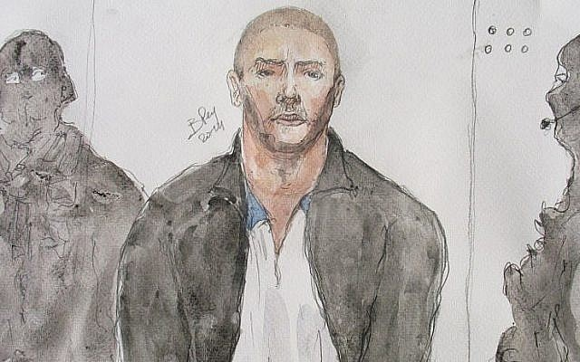This court drawing made on June 26, 2014, shows Mehdi Nemmouche, (C), the suspect in a deadly terror attack at the Brussels Jewish Museum, during a court hearing in Versailles, France. (AFP Photo/Benoit Peyrucq)