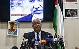 Saeb Erekat, secretary general of the Palestine Liberation Organization, speaks to journalists during a press conference in the West Bank city of Ramallah on April 21, 2018. (AFP PHOTO / ABBAS MOMANI)