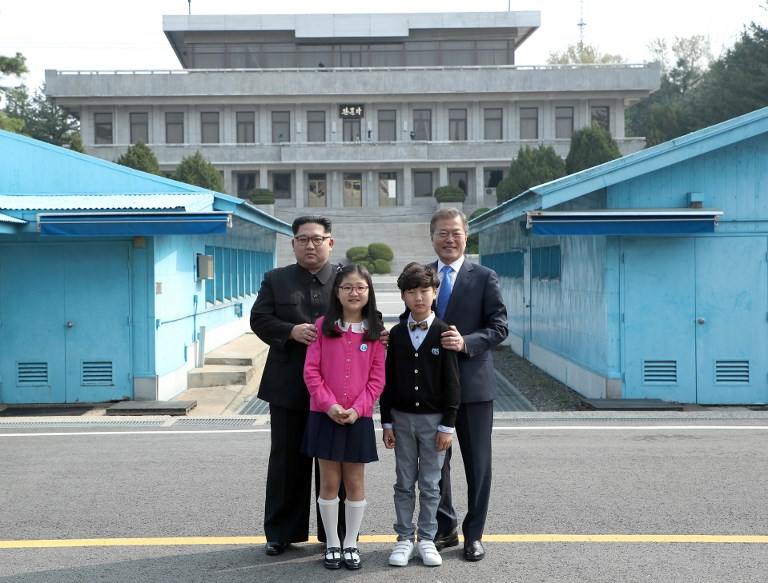 Who are the three United States detainees held by North Korea?