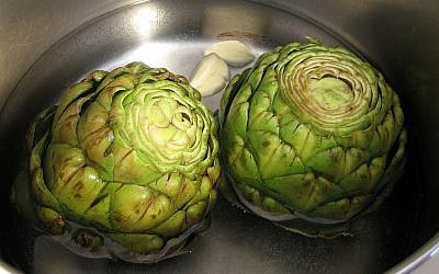 Artichokes being cooked (Pepperedjane/Public Domain/Wikimedia Commons)