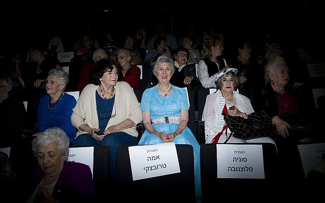 Holocaust survivors attend a Beauty Heroines event in Ramat Gan, Israel, Monday, April 9, 2018. (AP Photo/Oded Balilty)