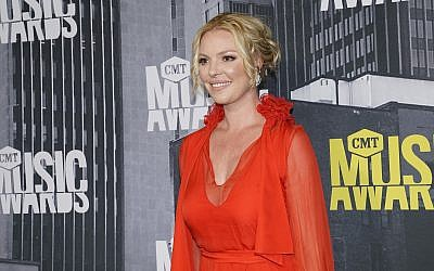Katherine Heigl arrives at the CMT Music Awards at Music City Center on Wednesday, June 7, 2017, in Nashville, Tennessee. (Photo by Sanford Myers/Invision/AP)