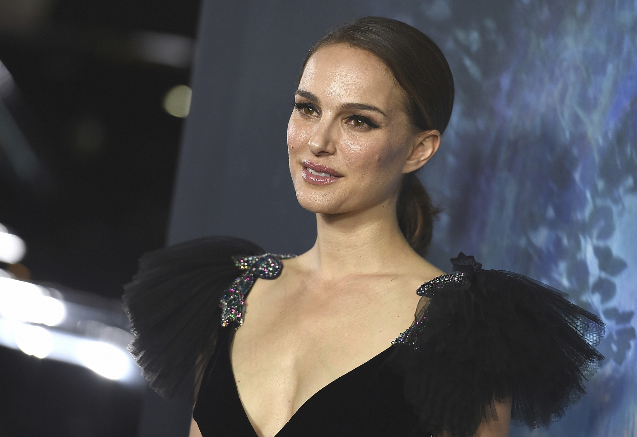 Natalie Portman Shades Former Harvard Friend Jared Kushner for 'Becoming a Supervillain'