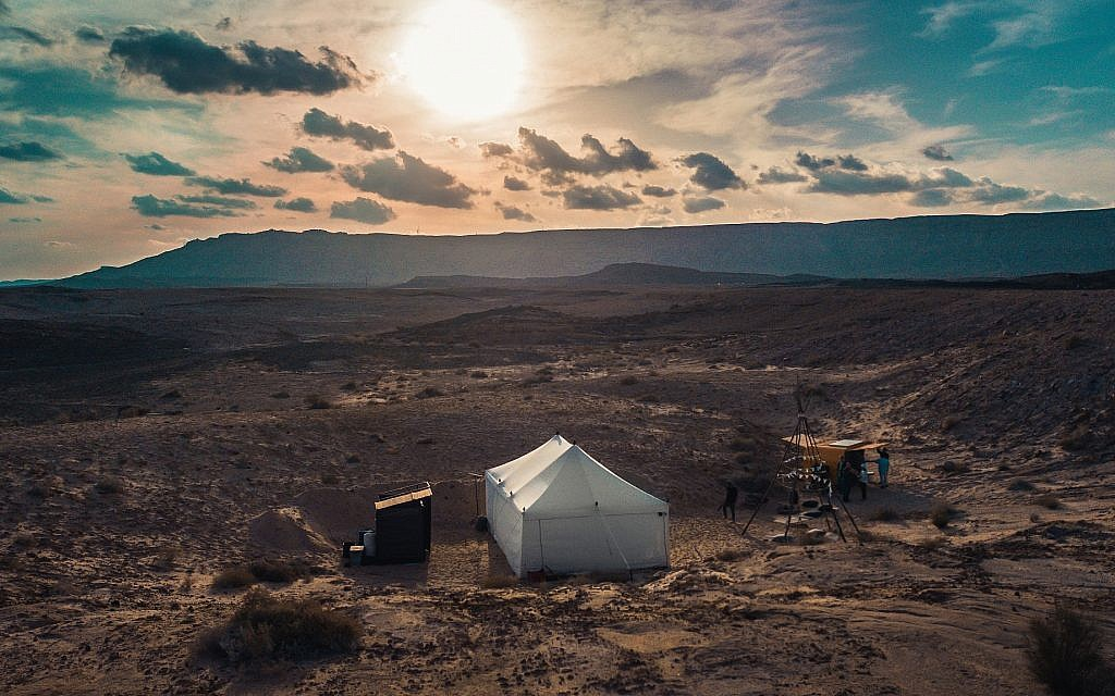 An aerial view of #PopupOasis glamping tent in the Ramon Crater (Courtesy Gili Azgad)
