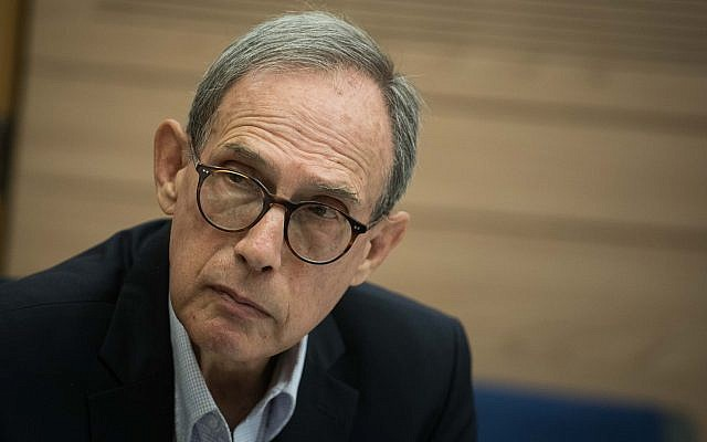 Zionist Union MK Nachman Shai attends a Knesset committee meeting, on November 13, 2017. (Hadas Parush/Flash90)