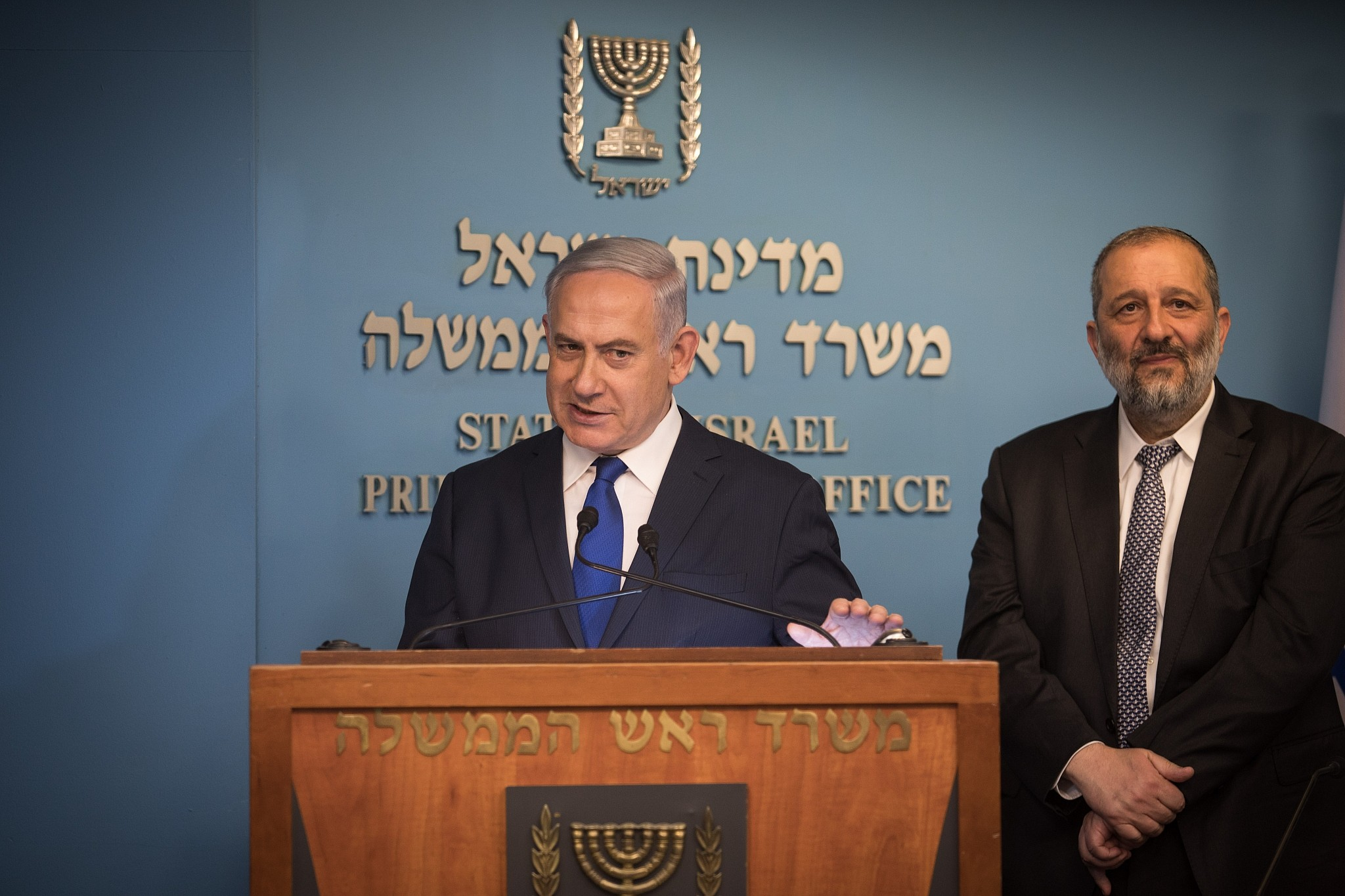 Benjamin Netanyahu backs out of asylum-seeker deal