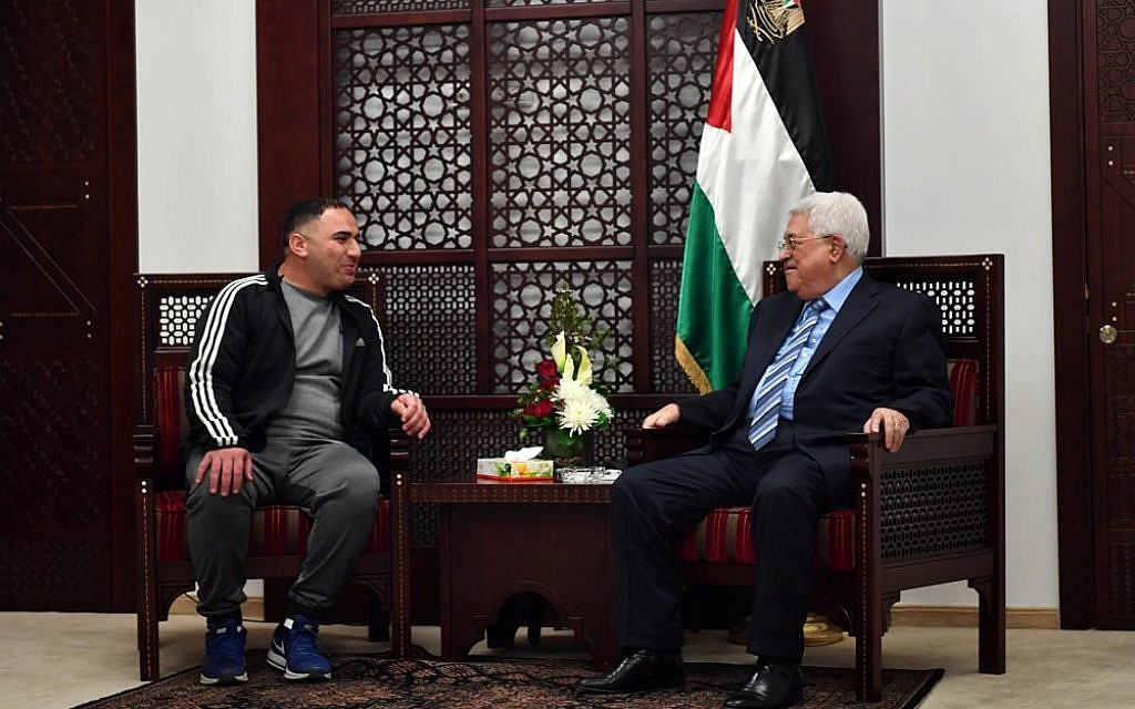 Abbas warmly welcomes terrorist released after 20 years in jail